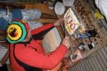 Влад кромсает торт